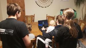 """Akcja """"Komputer dla Ucznia"""" - 4. tydzień - Rodzina zastępcza z Kotla (woj. dolnośląskie)"""
