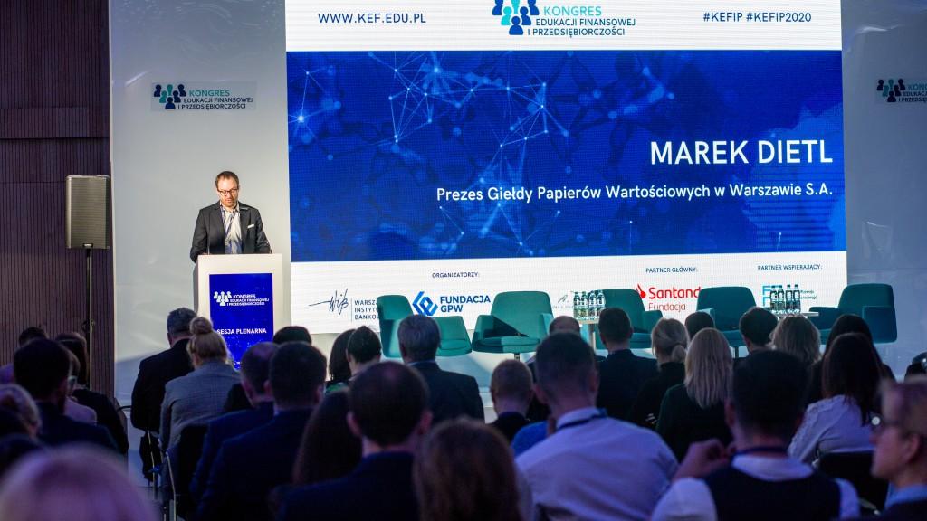 Sesja plenarna podczas otwarcia IV Kongresu Edukacji Finansowej i Przedsiębiorczości 2020, Warszawa, marzec 2020 r.